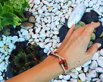 Boho bracelet leather bracelet with wooden beads