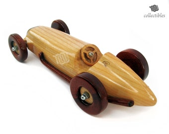 Mercedes Benz W 154 - wood replica collectible