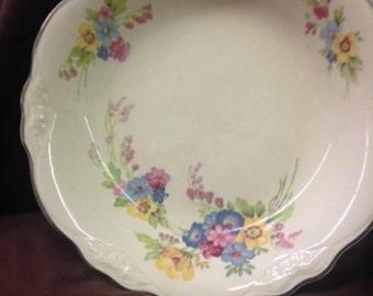 Homer Laughlin, Virginia Rose Floral Bouquet Bowl