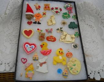 Vintage Jewelry Lot Fun Pins #578