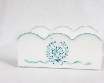 DLL  Monogrammed Guest Towel Tray