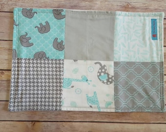 Gray Elephant burp cloths, Boy burp cloth set, Blue and Gray boy cloths, Elephant baby shower gift, Baby boy burp cloth, Blue elephant cloth