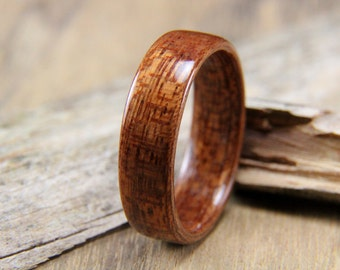 Classic Sapele Wooden Ring - Handcrafted Bentwood Ring