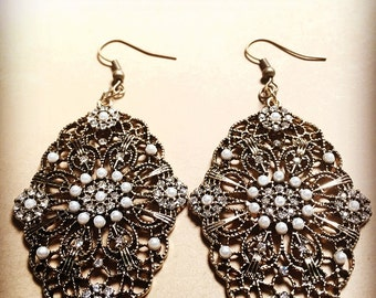 Antique Gold Filigree Bead and Earrings