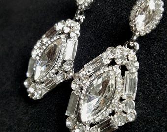 Cubic Zirconia Wedding Earrings, Bridal Statement Earrings, Vintage Style Earrings, Light Weight Bridal Earring, Crystal Chandelier Earrings