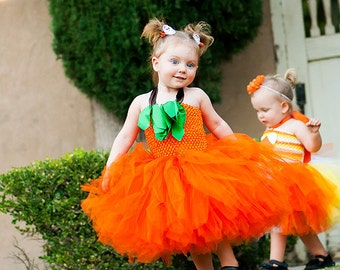 Pumpkin costume // pumpkin tutu dress // Halloween pumpkin costume // Halloween costume // Jack o lantern