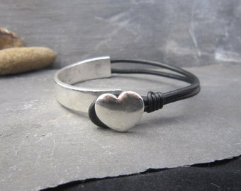 Hokte half cuff and leather bracelet