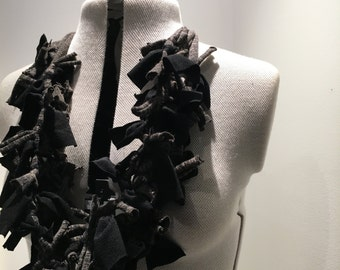 Ishika handcrafted neck piece
