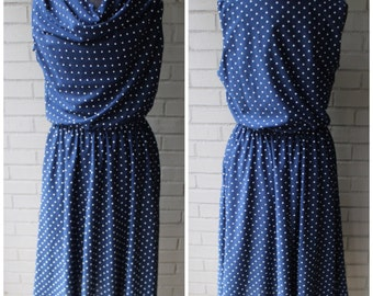 1980s or 70s Vintage Polka Dot Elastic Waist Midi Dress With POCKETS - By Tabby -  XL, XXL, Plus Size