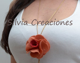 Necklace pink of felt / necklace pendant / necklace flower / rose of felt / necklace colorful / complement woman / Confeccoes