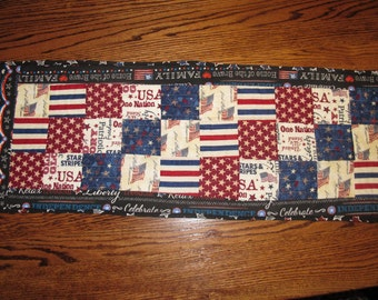 4th of July Patriotic Table Runner