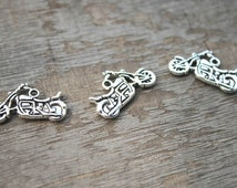 20pcs Motorcycle Charms Motorcycle Pendants Antiqued Tibetan Silver Double Sided 24 x 15 mm  D1057