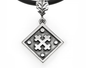 "Pendant ""Mara's Cross""."