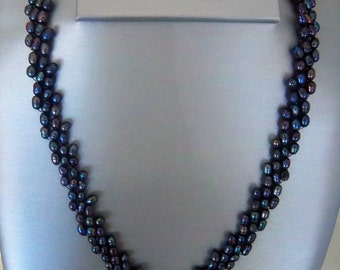 Hand woven Cultured Pearl Necklace