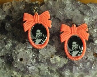 80's Oprah Winfrey Earrings-Resin Bow Setting