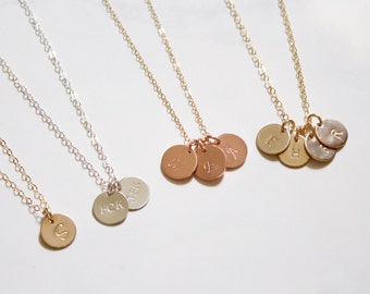 Small Personalized disc Necklace//Initial Disc Necklace//Circle Engraved//Monogram neckace//Gold Filled,Rose Gold ,Sterling Silver//Everyday