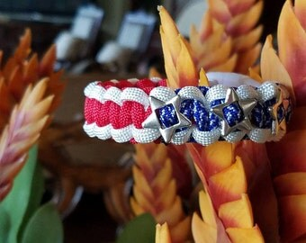 Red, white and blue bracelet, Patriotic paracord bracelet, Independence day bracelet