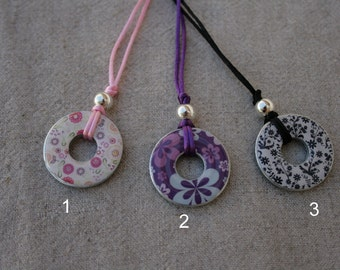 Washer necklace, double-sided, resin coated