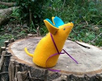 Mouse Pin Cushion Rat Pin Cushion (Yellow)