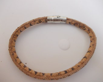 Multicolor Single Bracelet Unisex with Natural Cork
