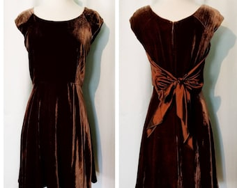 Elizabeth Wayman Velvet Party Dress 80s Does 60s