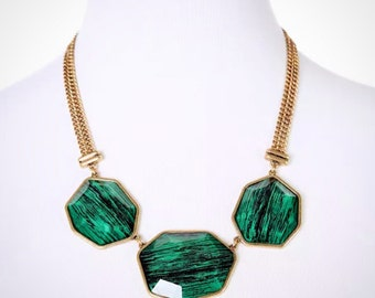 Green faceted stone necklace