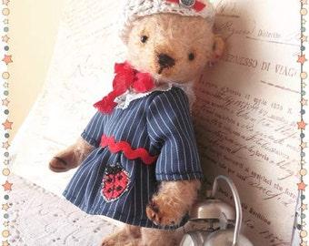 Teddy bear Kelly.