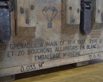 Wood box // Handgrenade Box // 1937 // WW11 // French Hand Grenade Box