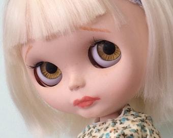 Custom Blythe Doll - with blonde bob - Alice