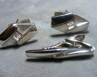 Vintage faux diamondModernist cufflinks tie bar clip set silver tone pioneer signed