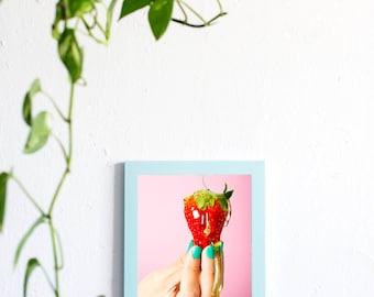 Fresh Pink. Photo + frame