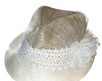 Vintage Netted Hat with Crochet and Lace Flower details