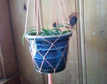 Simple Persian Yarn Plant Hang - Peach