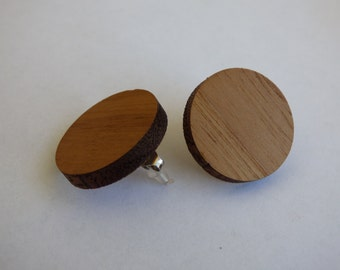 Oak wooden earrings (studs)