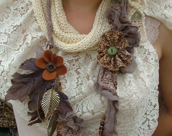 STUNNING and UNIQUE.. knitted necklace with antique beads