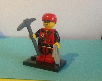 LEGO minifigure ROCK CLIMBER