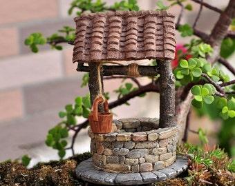Miniature Fairy Garden and Terrarium Fairy Wishing Well with Turning Crank
