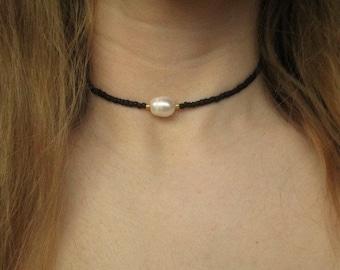 Pearl choker, beaded choker, beaded pearl choker, black choker, seed bead choker, pearl choker necklace, adjustable choker