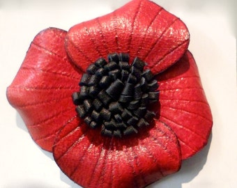 PIN poppy red leather