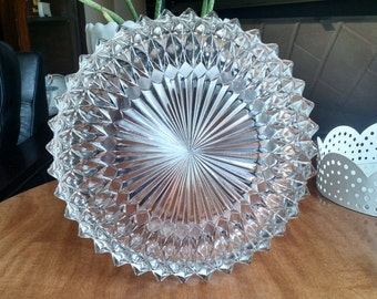 Pressed daimond pattern bowl set and dishes