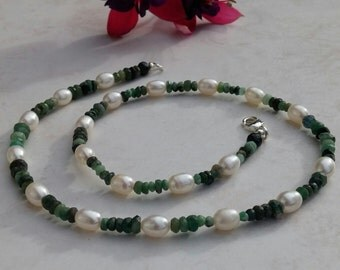 Emerald,pearl Necklace, emerald necklace,pearls,May birthstone, June birthstone,gift for her,gemstone necklace, ladies jewellery,womens gift