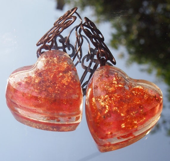 Earrings heart print and inclusion of copper copper
