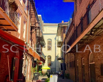 New Orleans Alley - FREE SHIPPING!