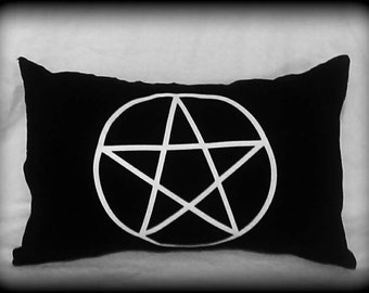 Pentacle pillow, Wiccan pillow, Pagan, Witch, Wiccan home decor, Gothic decor