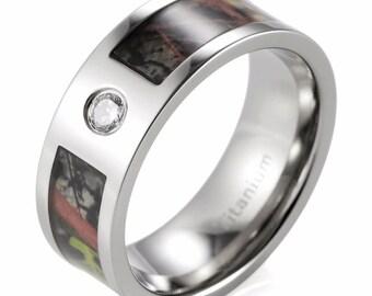 Mossy Oak Break Up Camo Pattern and Diamond Ring