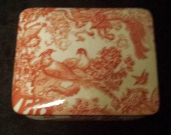 Red Aves Trinket/cigarette box