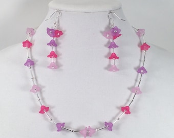 Floral Necklace and Earrings in Pink, Fuchsia and Purple