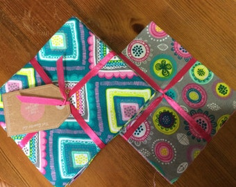 Floral retro design - Fat Quarter bundle of 6 beautiful 100% cotton fabrics