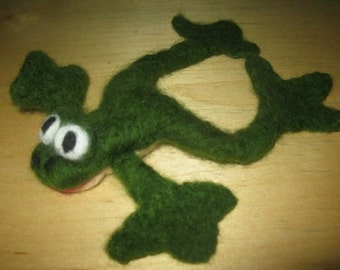 Needle felted frog/ Made to order/Home decor/Wool felt animals/Gift