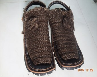Mens Recycled Tire Sandals Jute